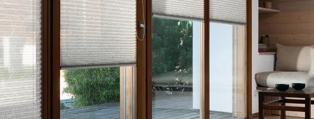 plissee vorhang stunning ideen plissee und vorhang abdunkeln with plissee vorhang plissee. Black Bedroom Furniture Sets. Home Design Ideas